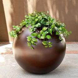miro-sphere-custom-planter